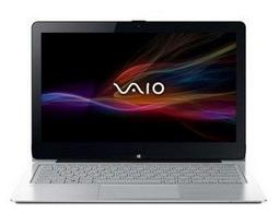 Ноутбук Sony VAIO Fit A SVF15N2M2R